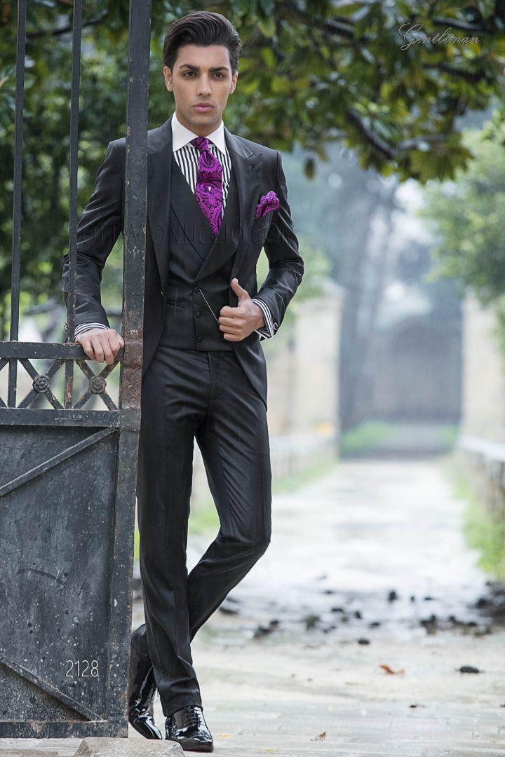 Black italian wedding suit for men with peak lapel