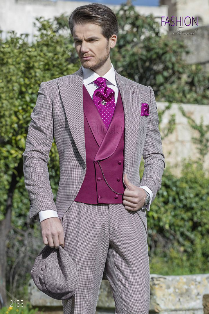 Morning dress in burgundy hound's tooth fabric with waistcoat in tone