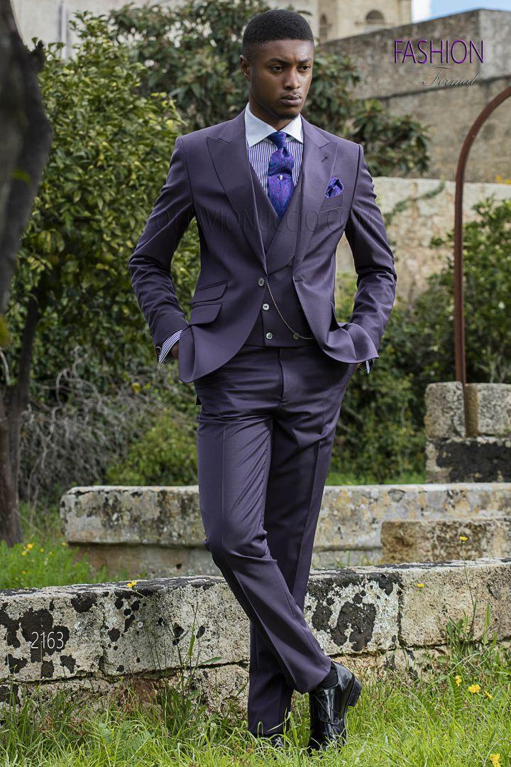 Bespoke groomsmen suit in plum wool blend with ticket pocket