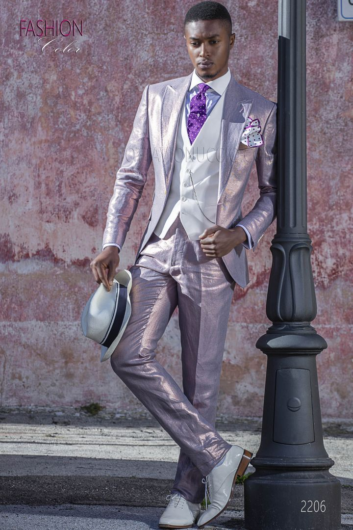 Italian suit for summer wedding in pink laminated linen fabric