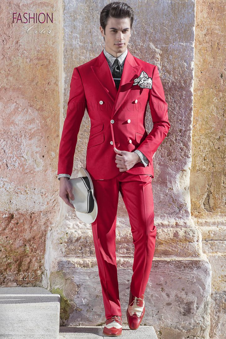 Red double-breasted suit in cotton for summer wedding