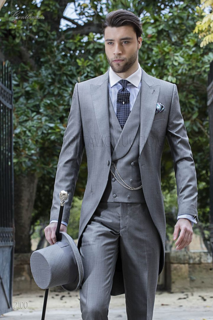 Morning suit for men in grey silk-wool fabric