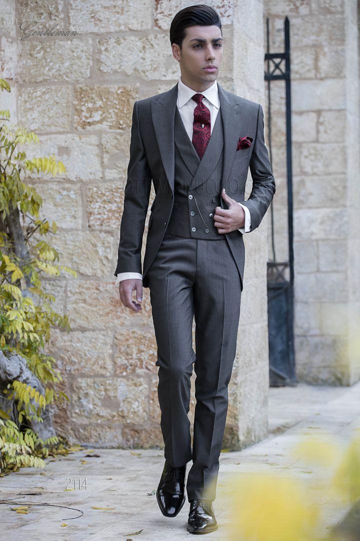 Italian wedding groom suit in grey wool blend with peak lapel