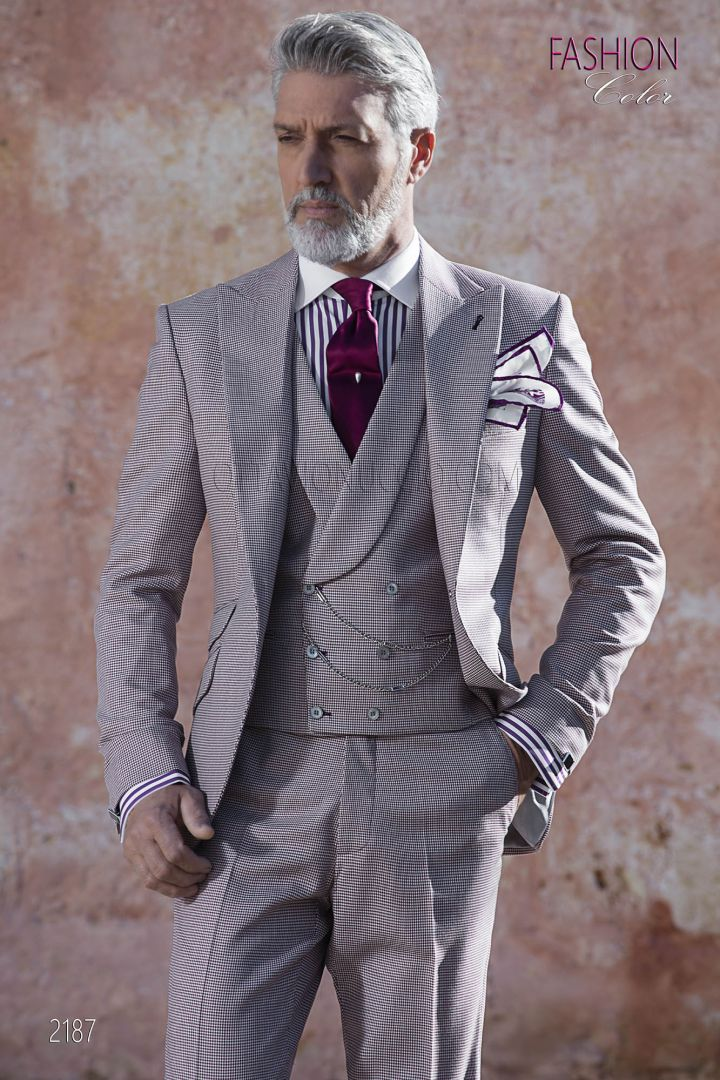 Italian summer groom suit in burgundy hound's tooth fabric