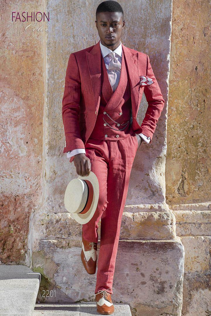 Red italian wedding suit in linen for summer ceremony