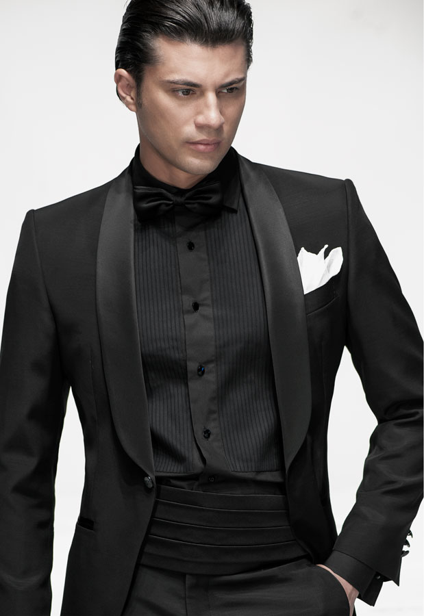 Smoking trajes italianos de gala modelo bt08 183 for Black suit with black shirt and tie