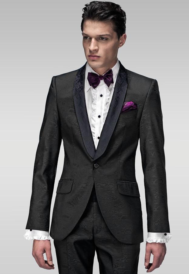 Para que tengas una idea de cuales han sido los cambios que se le ha hecho a los clásicos trajes para hombres preparé una composición de fotografías que contienen las tendencias de moda trajes para caballeros otoño·invierno /
