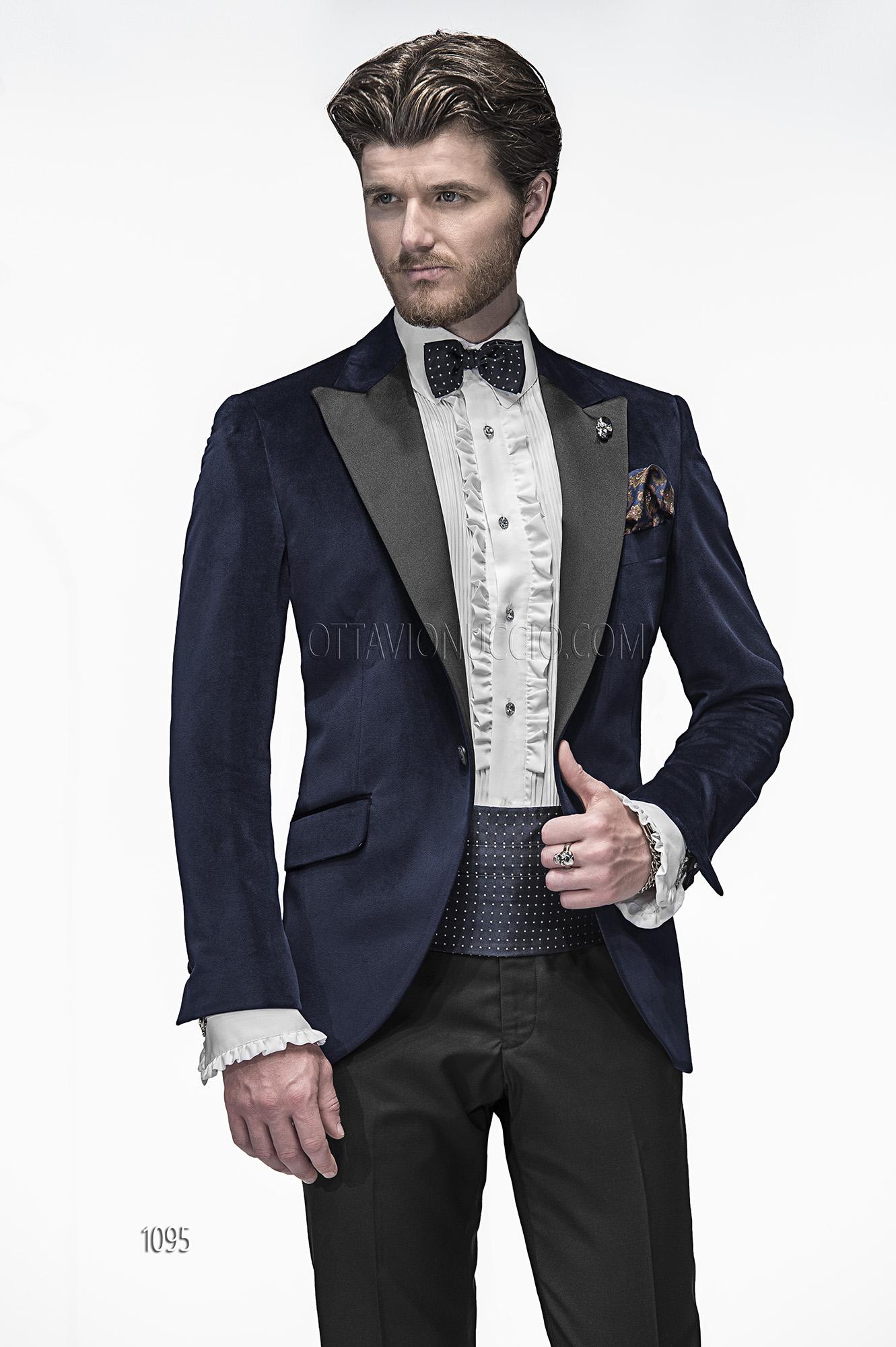 Italienische hochzeitsanzug blau aus samt for Hochzeitsanzug fliege