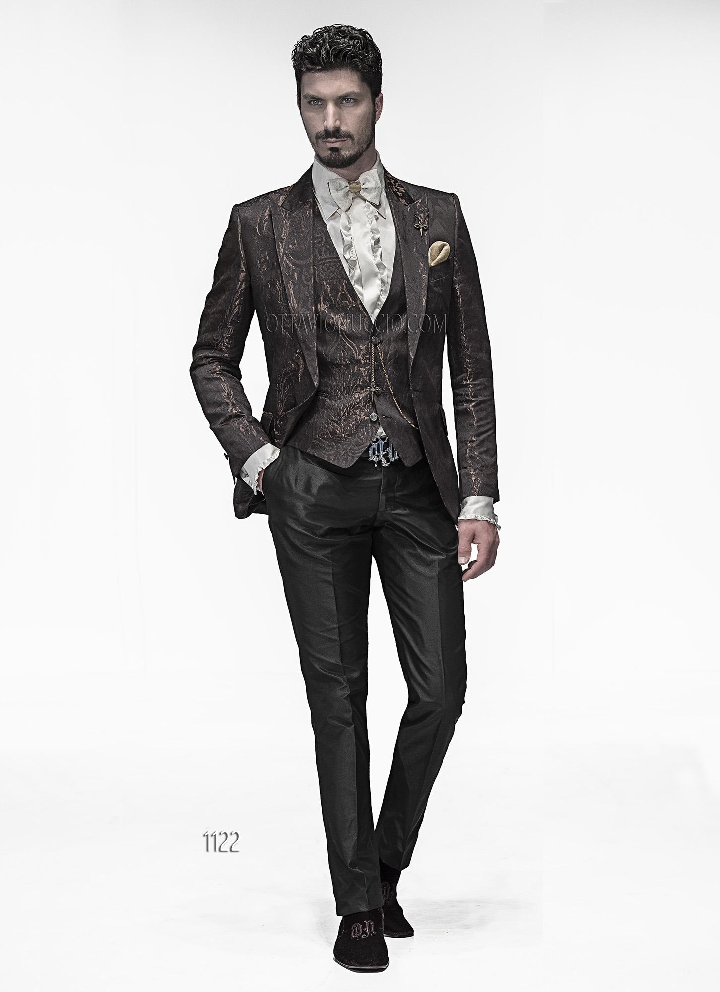 Abito Matrimonio Uomo Marrone : Abito sposo con giacca marrone damascata