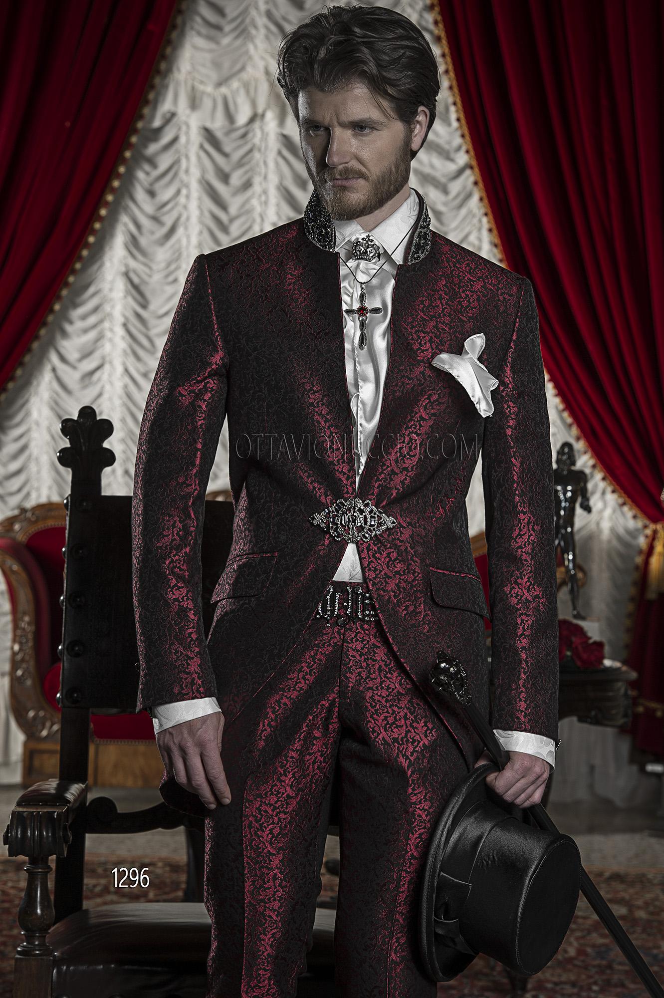 Vestito Matrimonio Uomo Damascato : Abito sposo damascato bordeaux con passamaneria