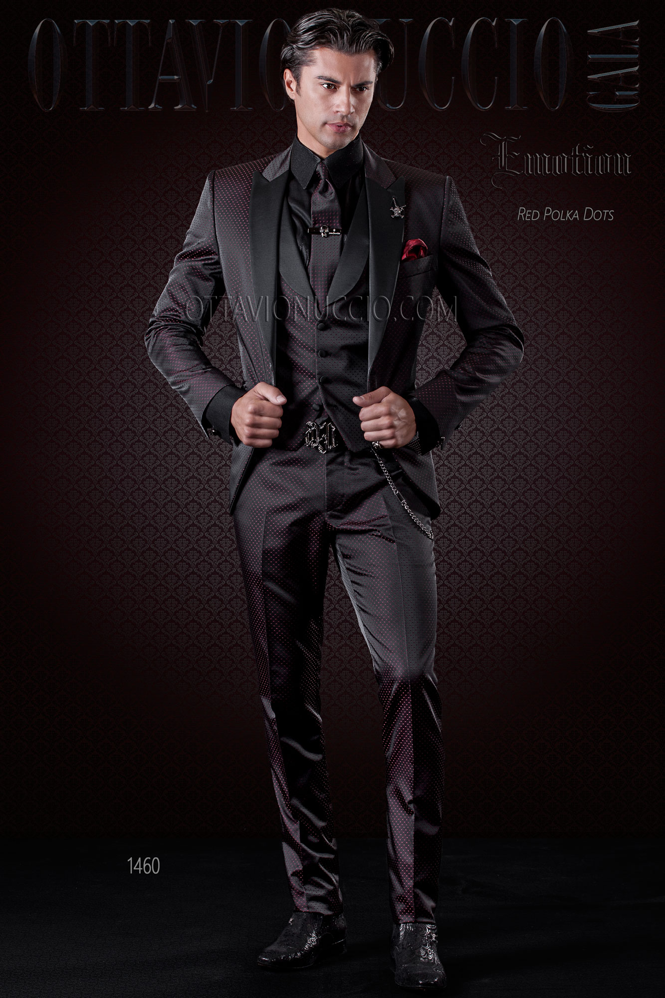 mode anzug f r herren schwarz mit roten mikromuster mit weste. Black Bedroom Furniture Sets. Home Design Ideas