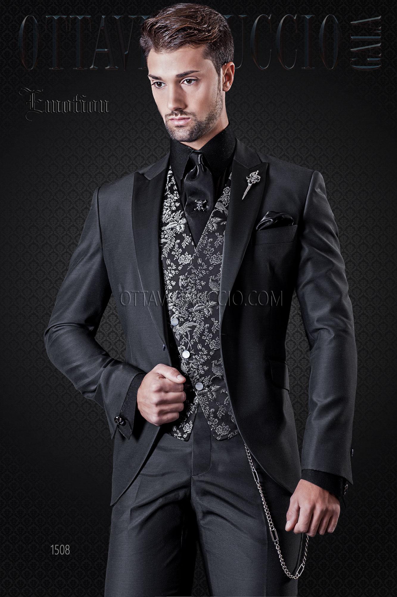Outfit Matrimonio Uomo Grigio : Abito da cerimonia uomo grigio scuro e gilet damascato