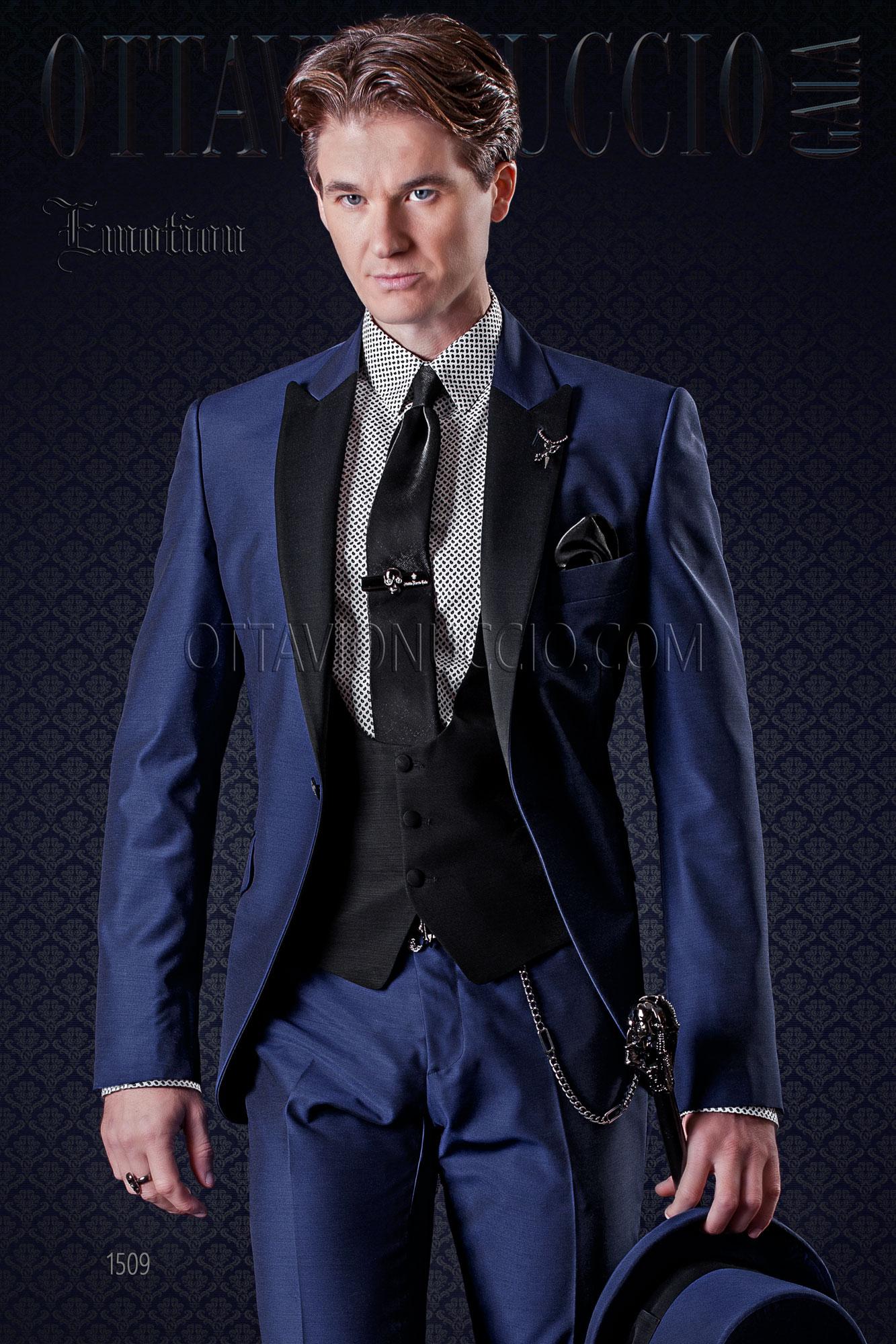 costume de ceremonie homme bleu electrique avec revers noir. Black Bedroom Furniture Sets. Home Design Ideas