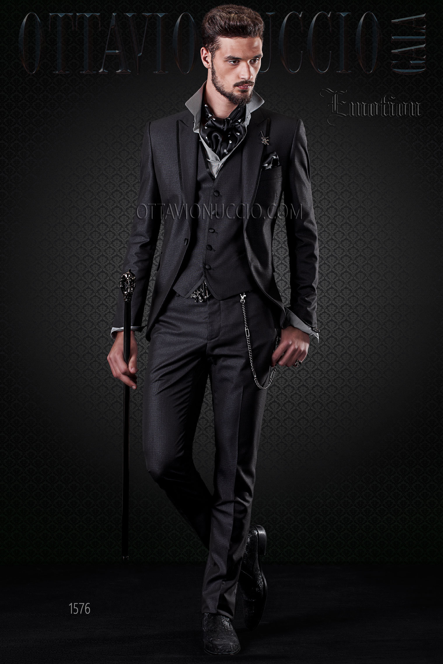 Vestito Matrimonio Uomo Nero : Abito matrimonio uomo nero con gilet a tono