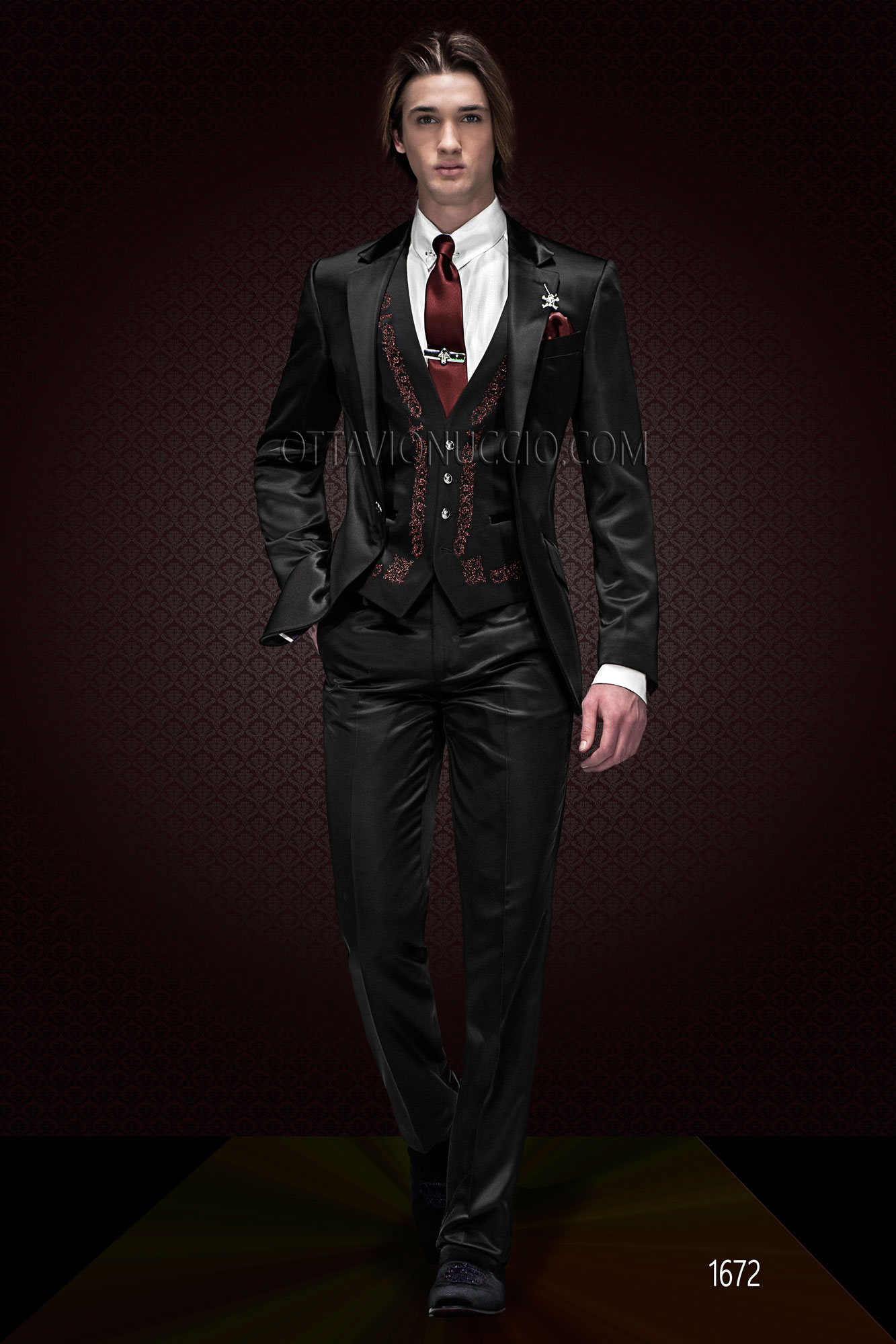 Shiny black notch lapel 3 piece wedding suit