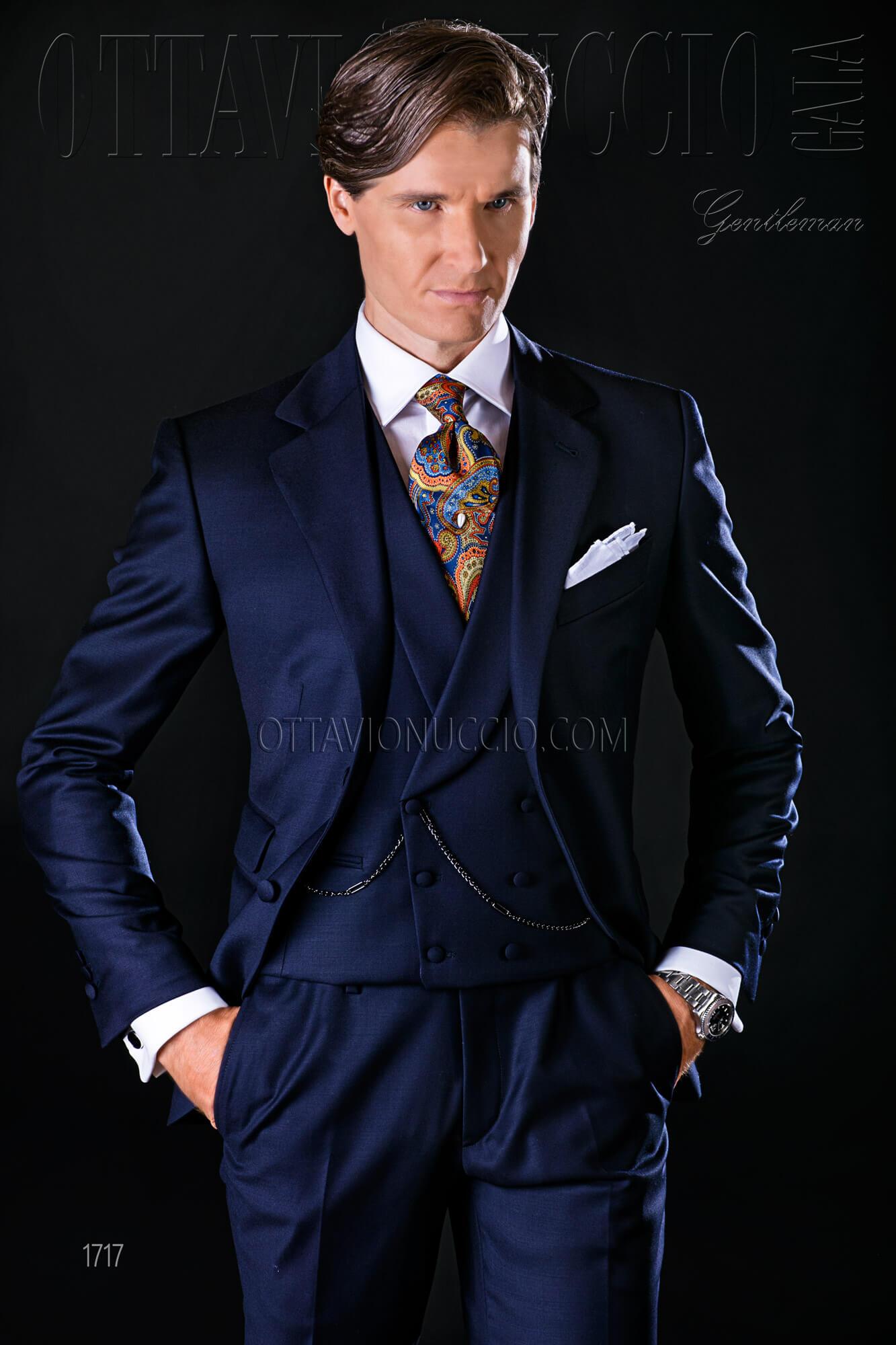 da5acde18941 Vestito sposo uomo blu scuro tre pezzi
