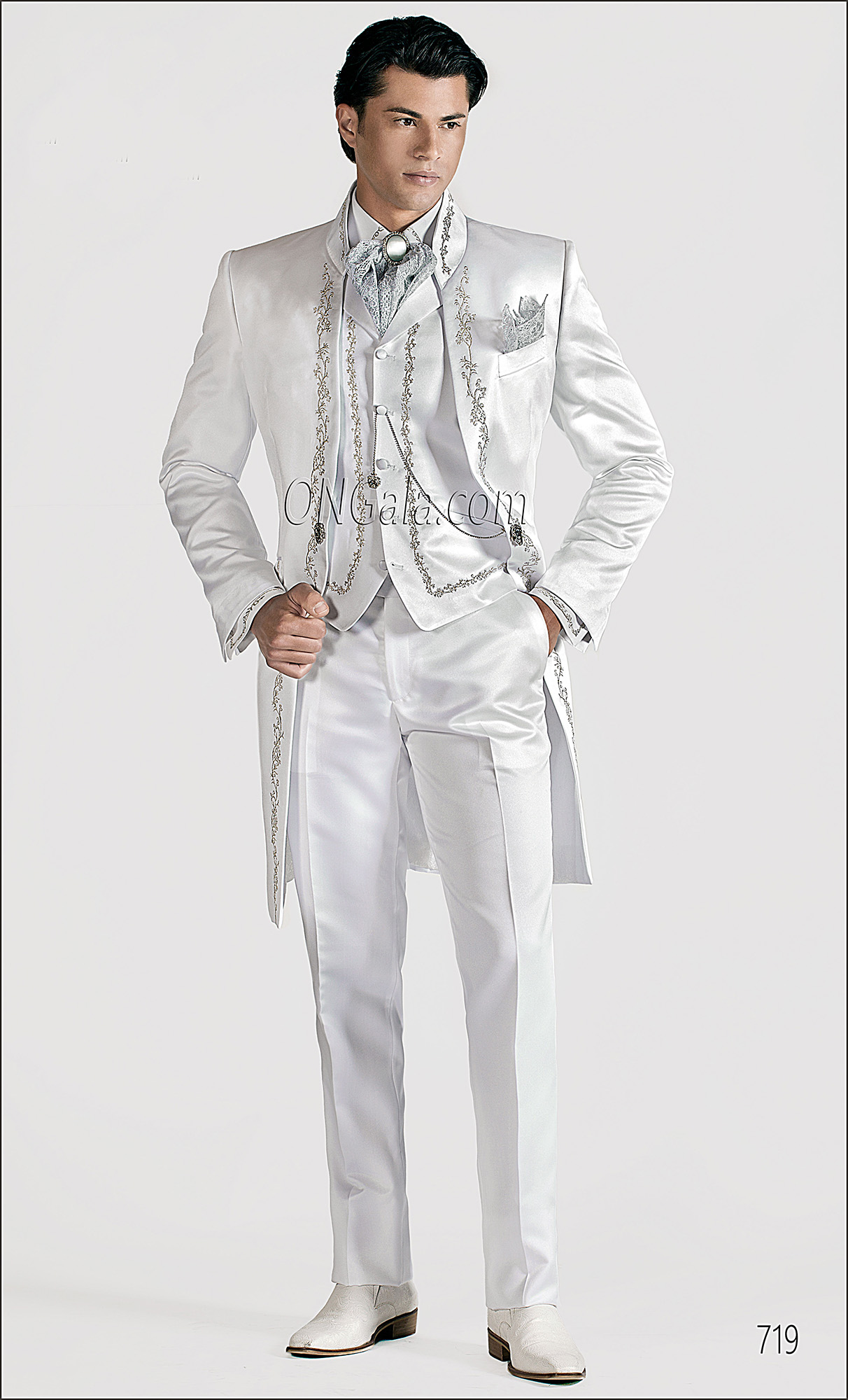 White Wedding Suits for groom with Silver Tone Embroidery