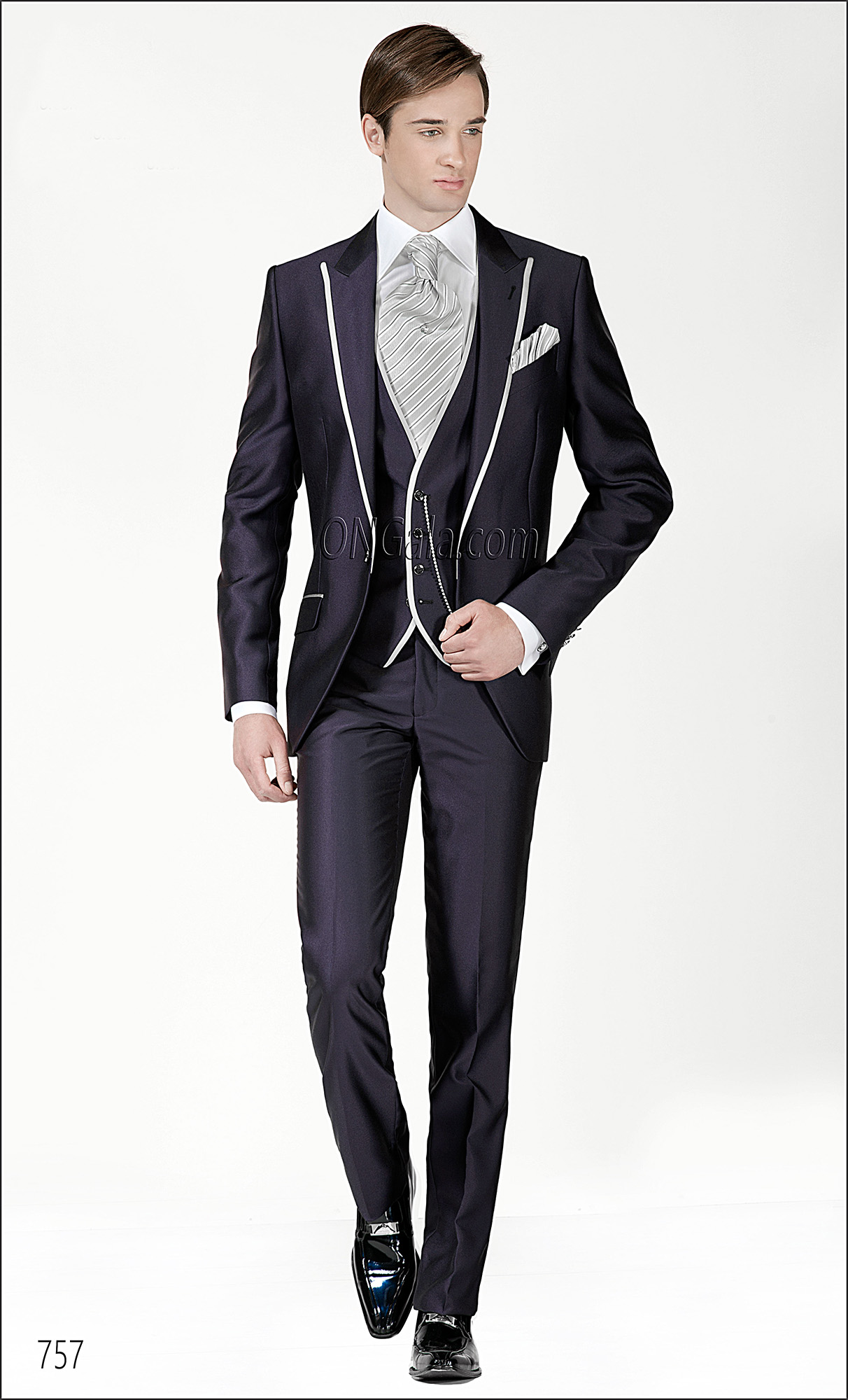 Italian Wedding Suits for groom in Blue Viscose Blend