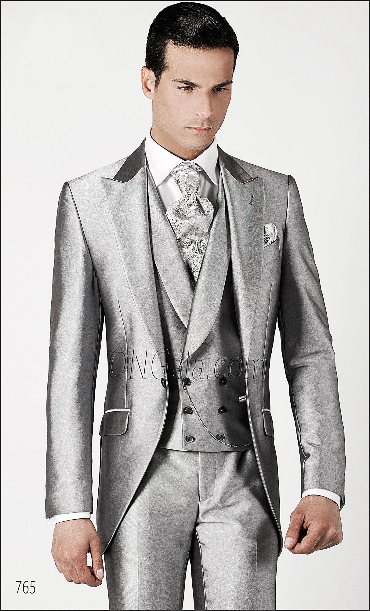 Awesome Wedding Suit For Groom Gallery - Styles & Ideas 2018 ...