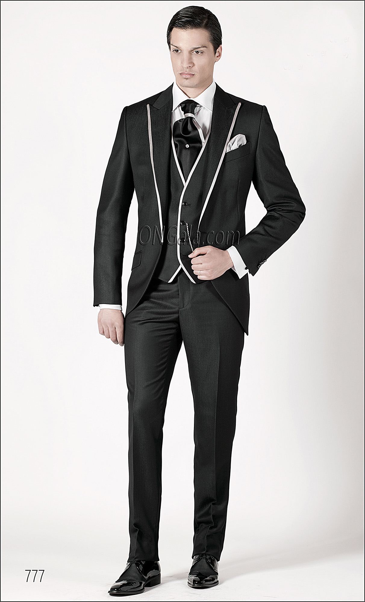 Short Tailed Italian groom suits in Black
