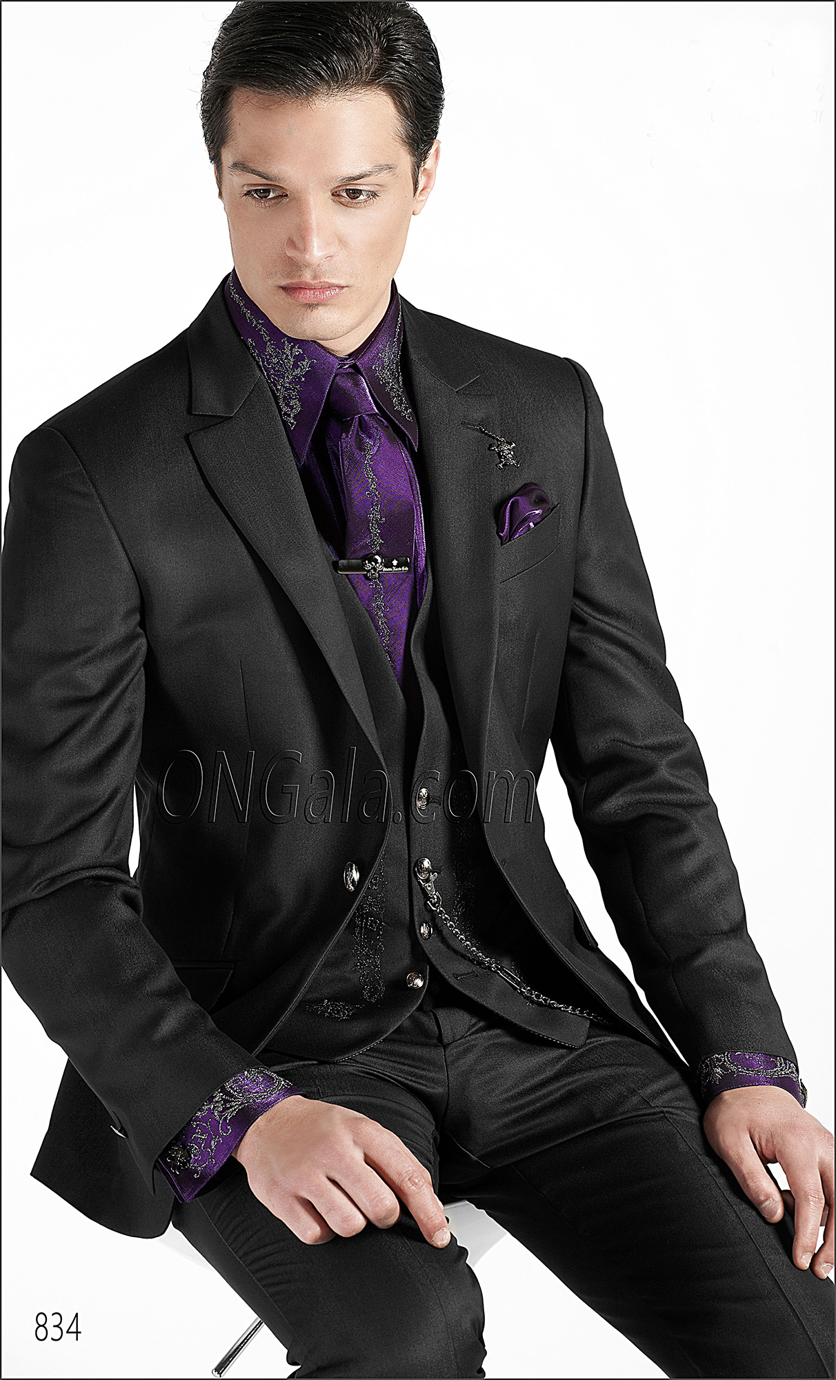 Black Wedding Suits with Embroidered Waistcoat