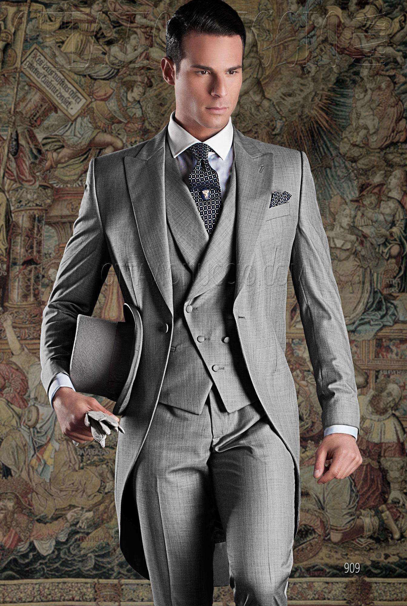 costume de c r monie homme en m lange de laine gris clair. Black Bedroom Furniture Sets. Home Design Ideas