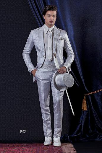ONGala 1592 - Pearl gray brocade peak lapel luxury tuxedo