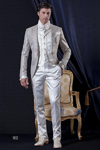 ONGala 1612 - Ivory and gold brocade peak lapel wedding suit