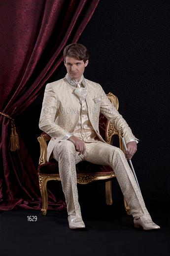 ONGala 1629 - Gold brocade mandarin collar luxury suit