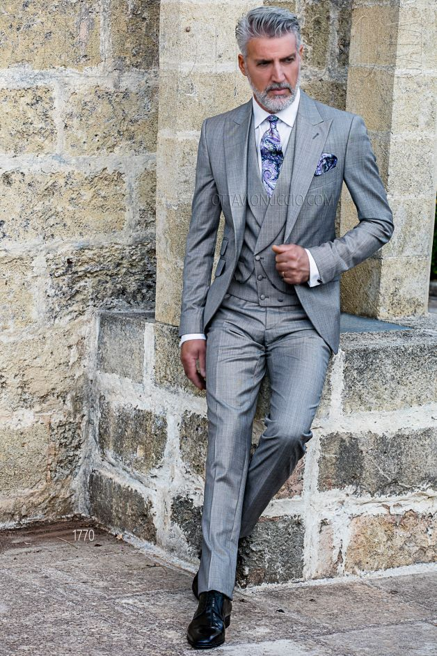 ONGala 1770 - Sharkskin light gray peak lapel wedding suit