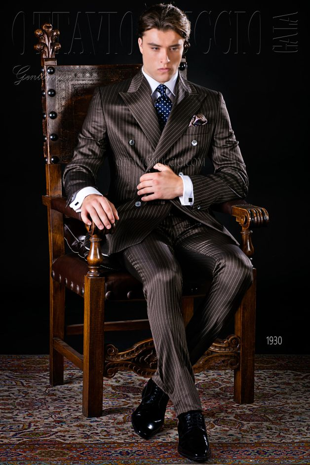 ONGala 1930 - Pinstriped brown peak lapel double breasted suit
