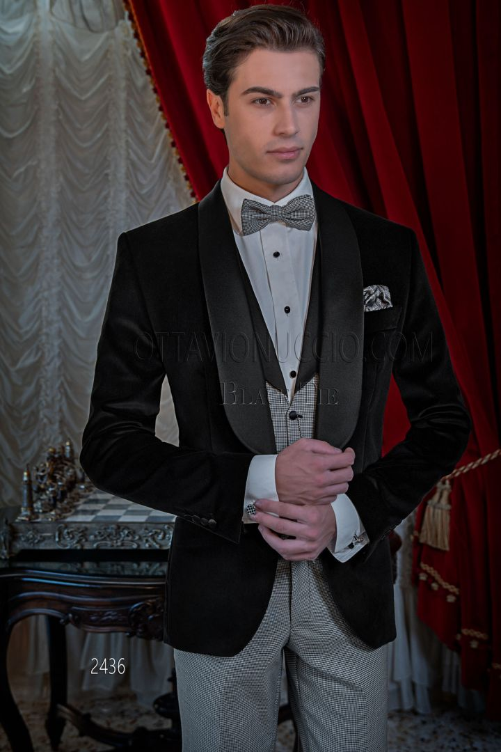 Smoking uomo elegante da sera velluto nero, gilet e pantalone pied de poul