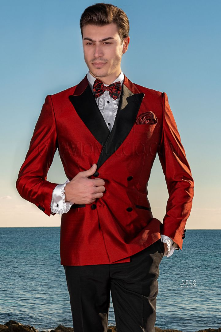 Esmoquin cruzado shantung seda rojo con pantalón negro