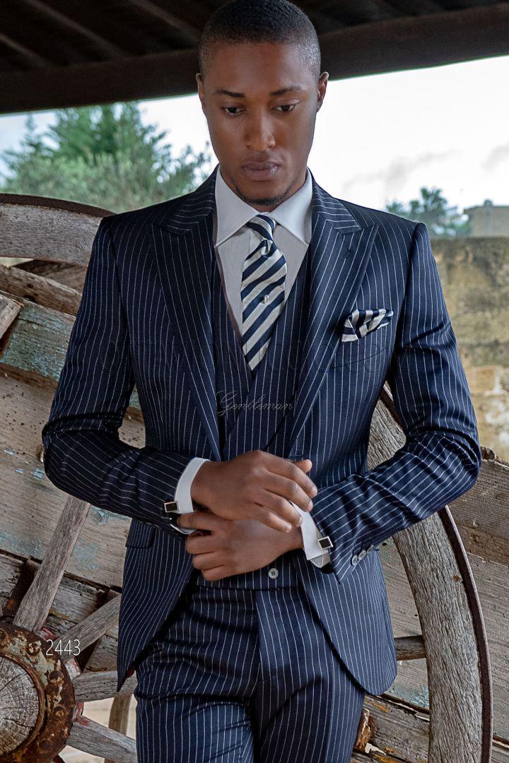 Vestito da sposo 3 pezzi fashion gessato blu