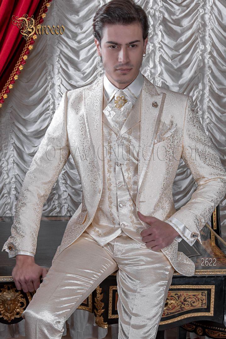 Vestito matrimonio damascato in stile barocco uomo beige