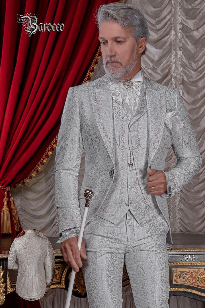 Abito sposo uomo ricamato argento su tessuto broccato grigio perla