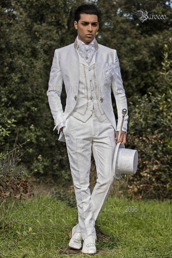 Vestito damascato da sposo stile barocco bianco