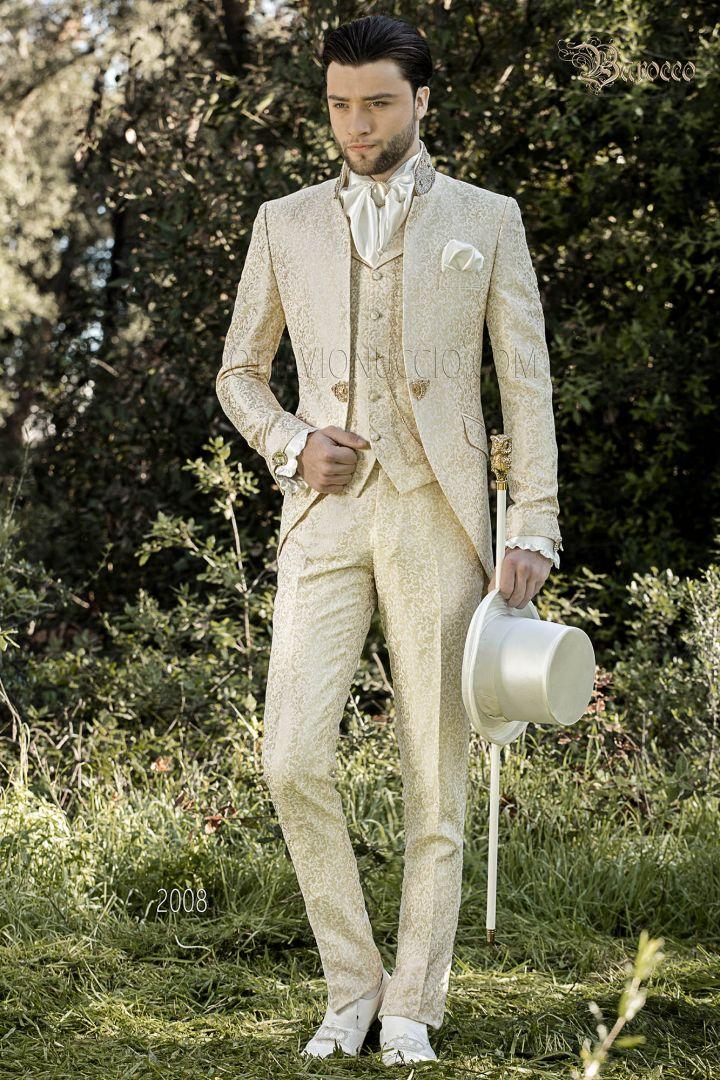 Elfenbein brokat anzug im barockstil mit goldenen Kristall Strasssteinen