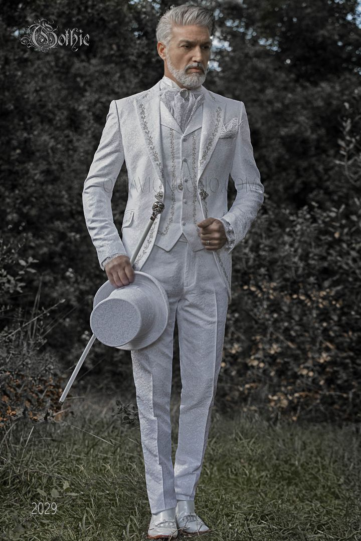 Silver embroidery luxury groom suit in white brocade fabric