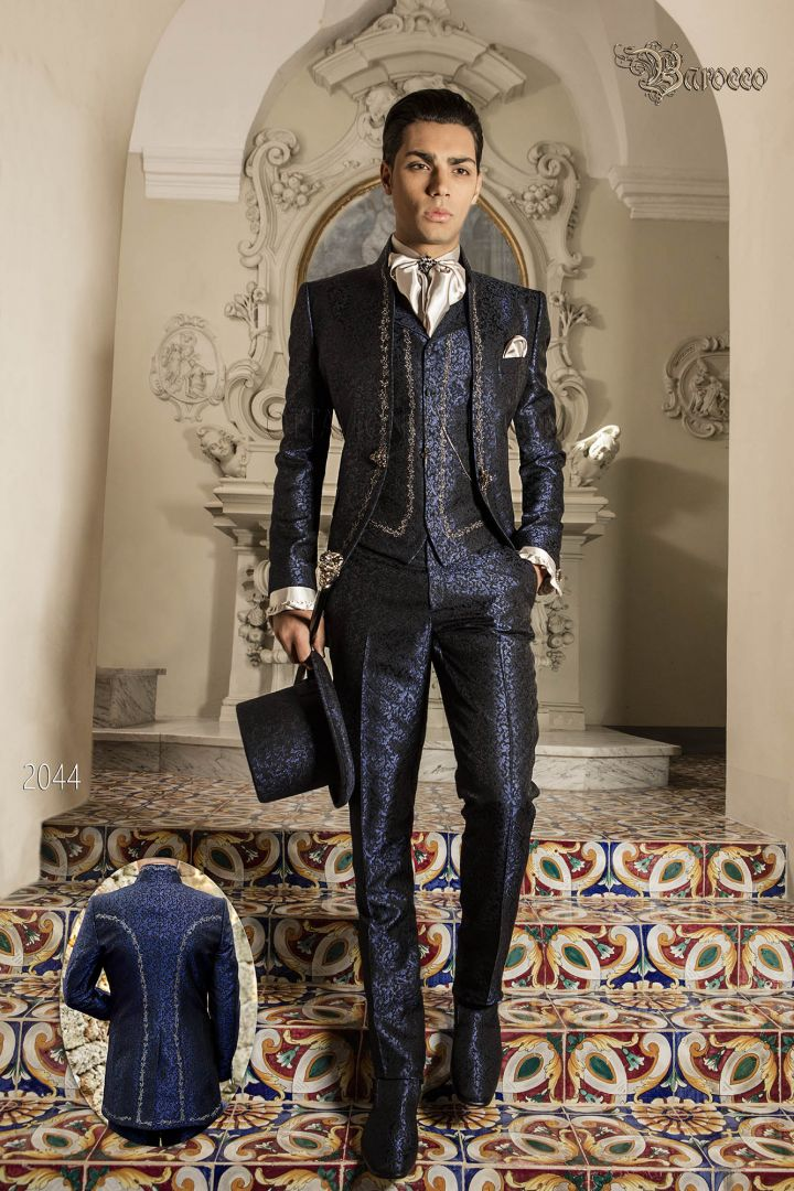 Luxury wedding suit in blue brocade fabric with mao collar and silver embroidery