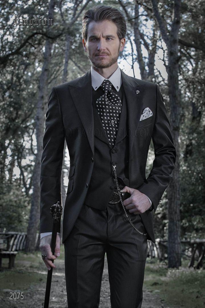 Moderner Anzug schwarz aus Wolle