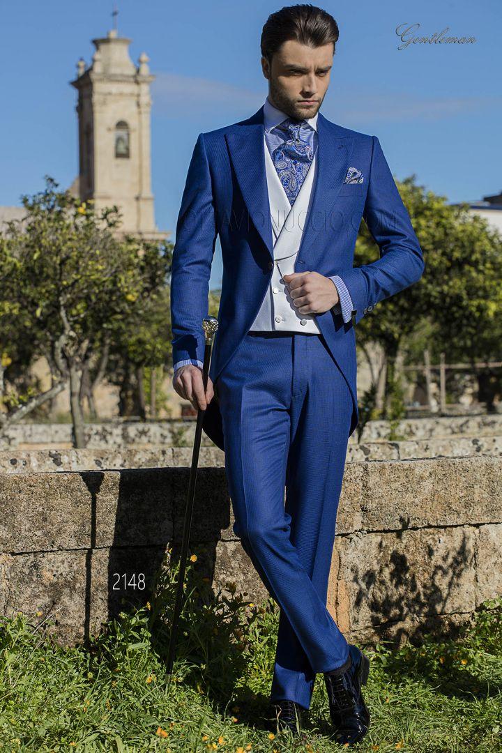 High fashion blue pied de poule dress suit for men with ivory vest