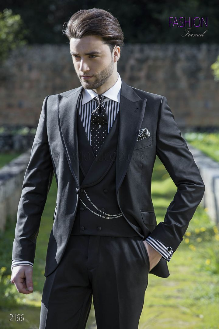 High fashion italian wedding groom suit in black pure wool